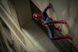 amazing_spider_man_2_vs_electro_4
