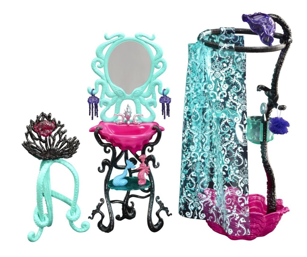 monster-high-lagoona-shower