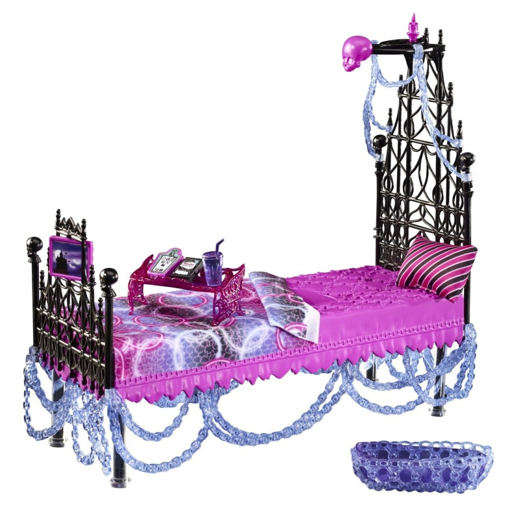 monster-high-spectra-bed