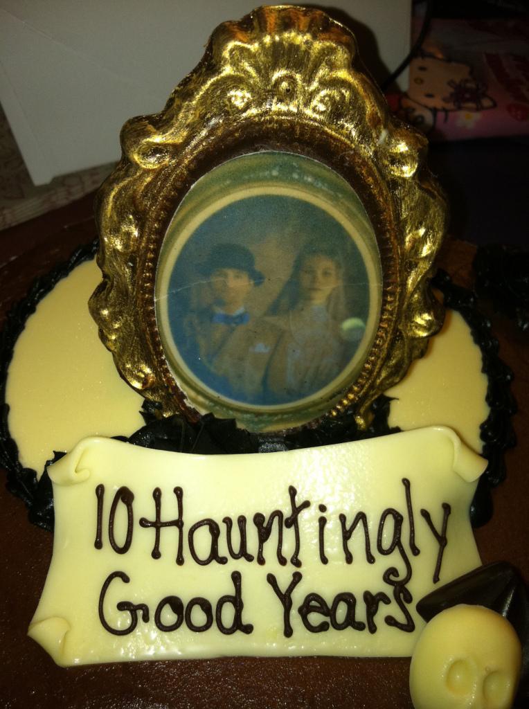 Haunted Mansion Cake Walt Disney World Boardwalk Bakery