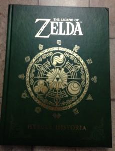 Legend-of-zelda-hyrule-historia-dark-horse-hard-cover-book