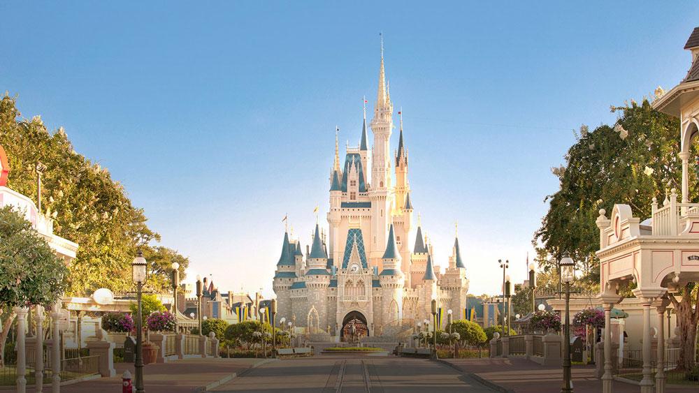 wdw-magic-kingdom-cinderella-castle-disney