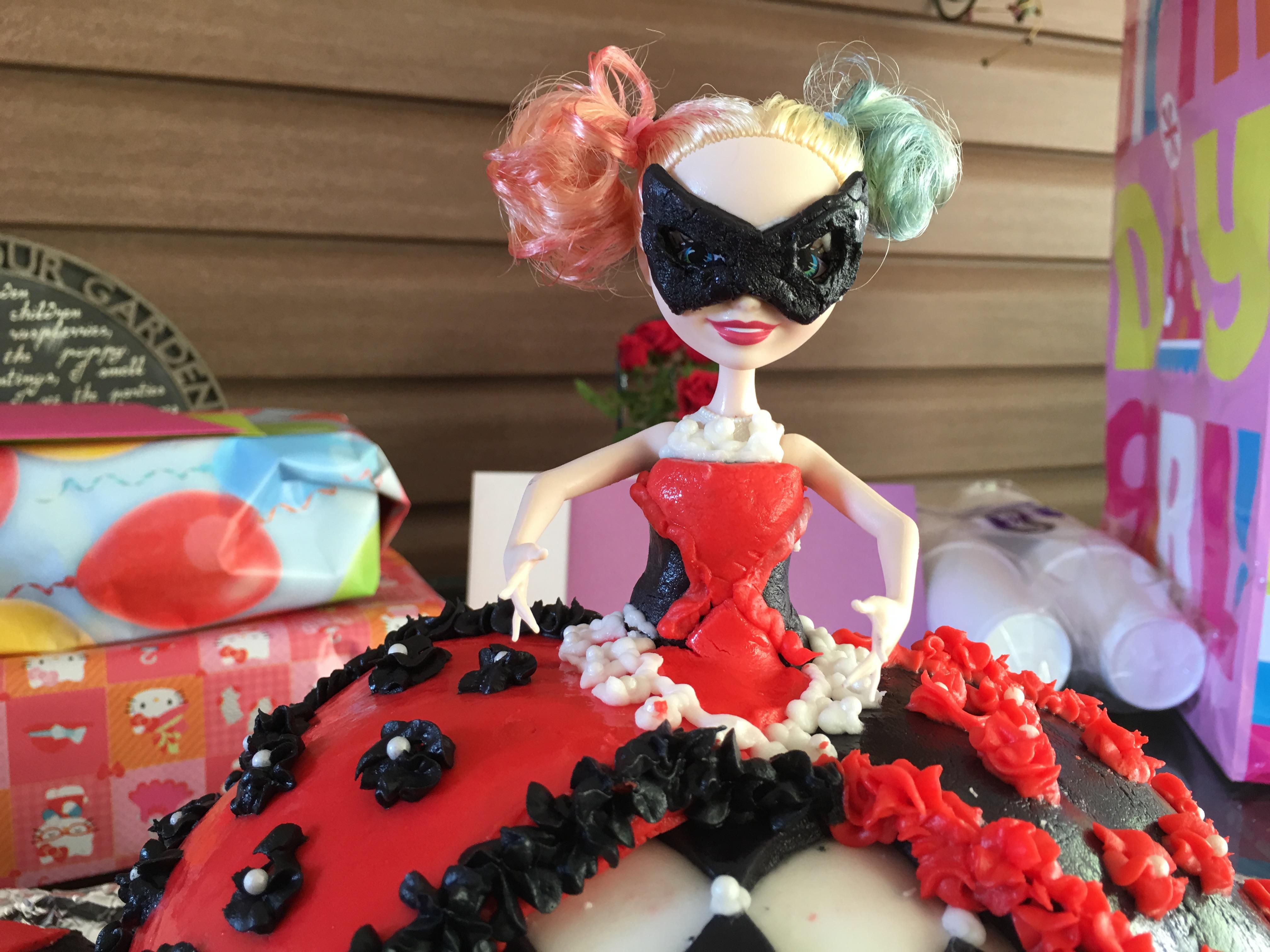 Harley Quinn Birthday Cake Doll Cake