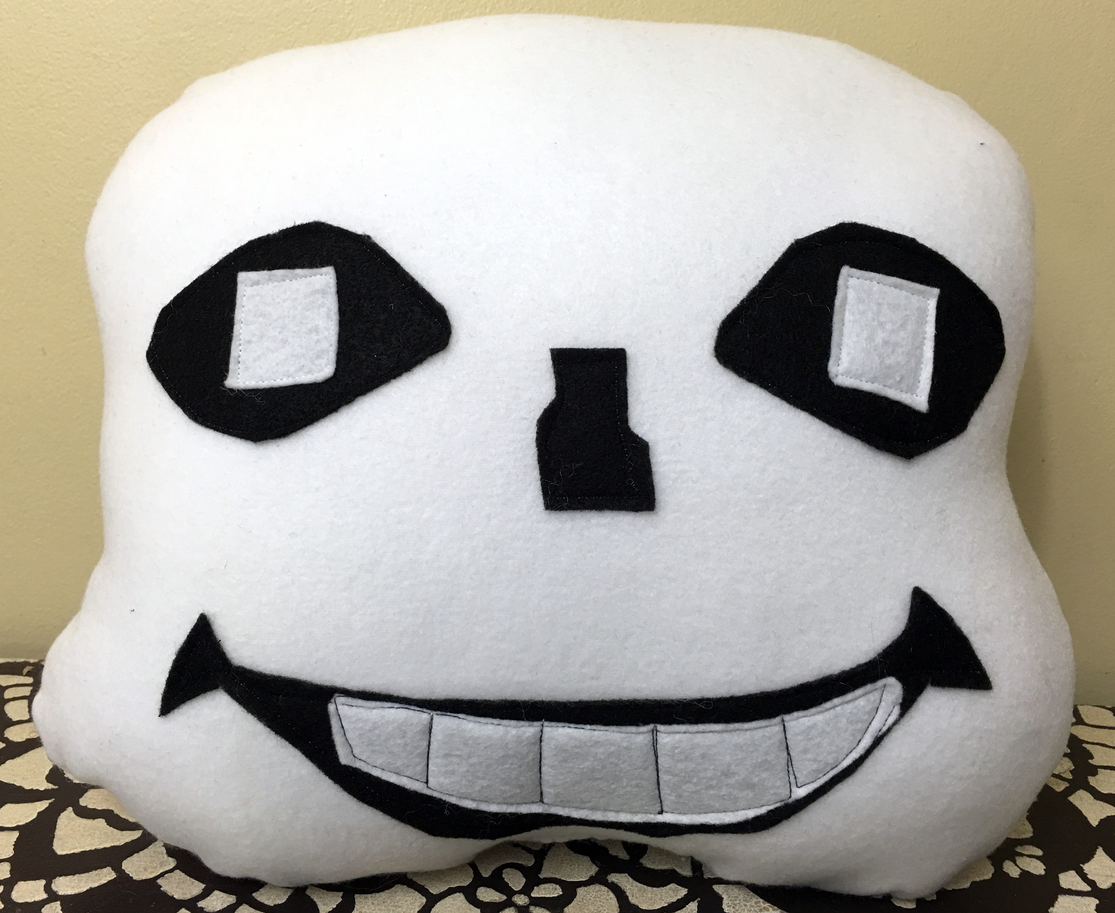 Sans and Papyrus Fan Made 'Undertale' Plushies!